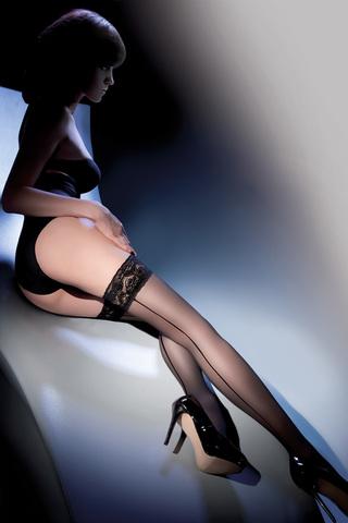Сексуальные чулки 20 ден черные с полосой сзади