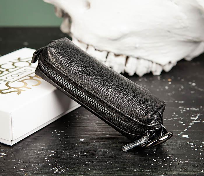 цена на COINS, Удобная ключница «Santini» из натуральной кожи с кольцом
