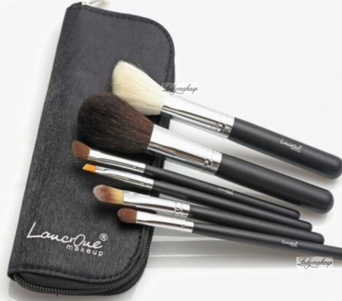 Набор из 6 кистей LancrOne - Set of 6 make-up brushes + black case (PL)