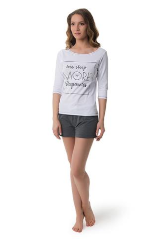 Женский комплект для дома или сна - белый лонгслив и серые шорты