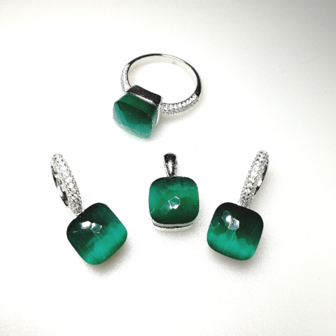 Комлект из серебра с зеленым кварцем в стиле Pomellato-3 изделия