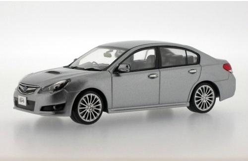 Коллекционная модель Subaru Legacy B4 2010