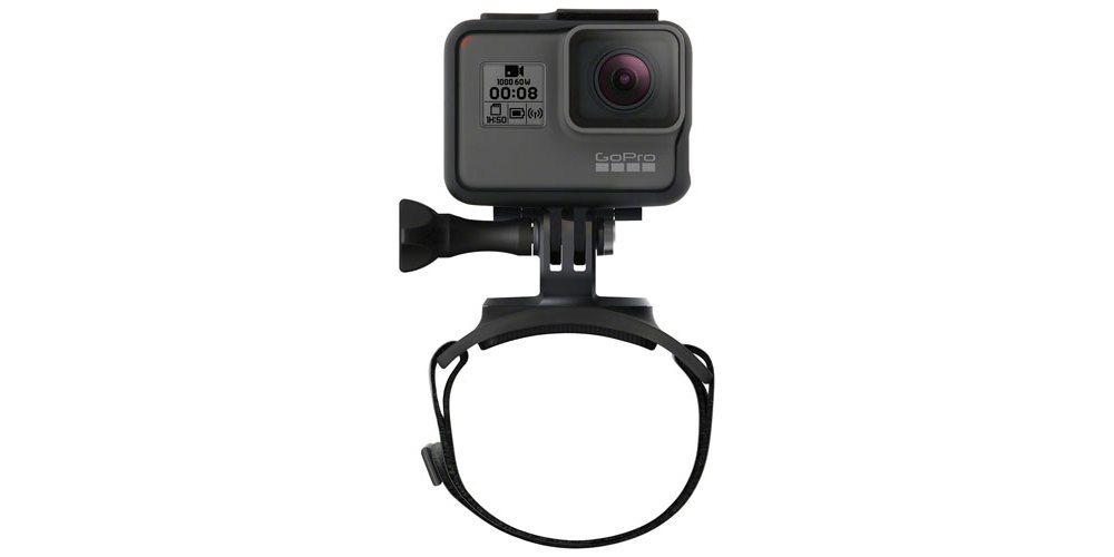 Крепление на руку GoPro Hand + Wrist Strap (AHWBM-002) с камерой