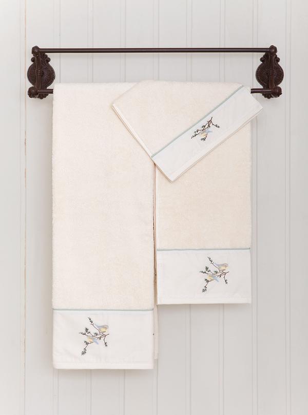 Наборы полотенец Набор полотенец 3 шт Bovi Spring с вышивкой экрю polotentse-bovi-spring-ekryu-s-vyshivkoy-portugaliya-vid.jpg