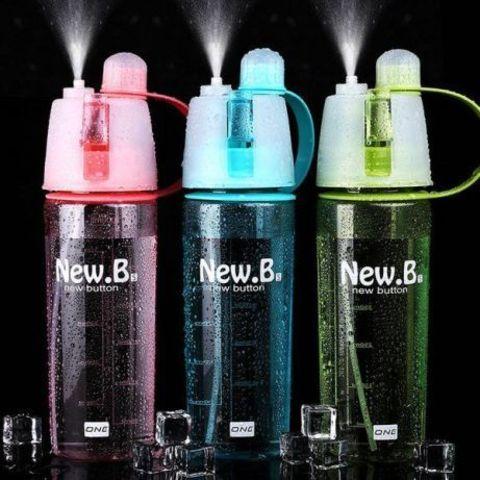 Спортивная бутылка для воды с распылителем New. B