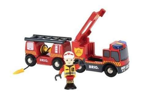 BRIO 33811 Пожарная машина (свет,звук,выдвижая.лестница,закручивающийся шланг)