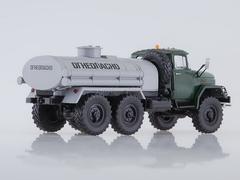ZIL-131 AC-40 Fuel tanker green-gray 1:43 AutoHistory