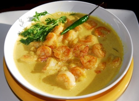 https://static-eu.insales.ru/images/products/1/6371/9689315/0938467001333908260_Indian_shrimp_curry.jpg