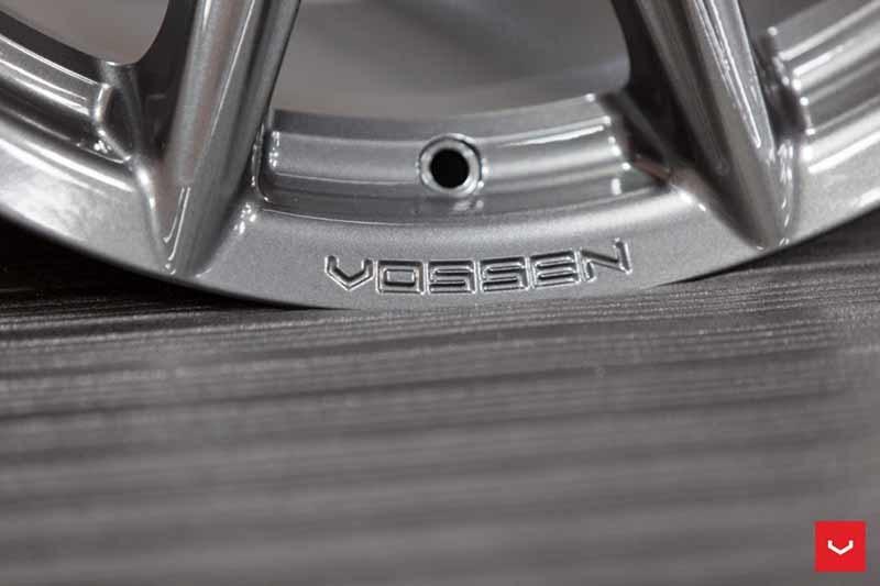 Vossen VFS10 (Hybrid Forged Series)