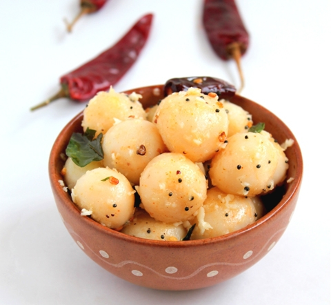 https://static-eu.insales.ru/images/products/1/6379/9689323/0250286001340281606_rice_balls2.jpg