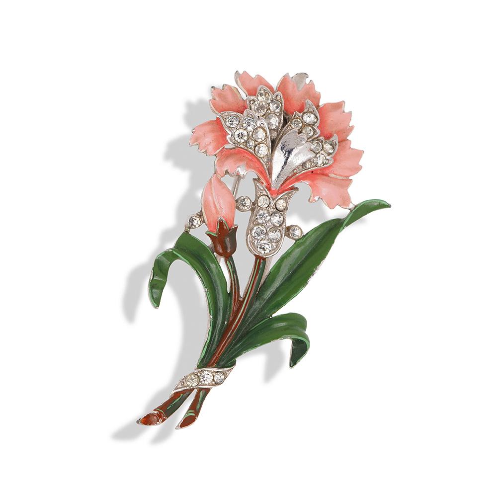 "Book piece Фур-клип от Trifari ""Гвоздика"" с эмалью и кристаллами, 1940-е годы     1940s TRIFARI Enamel Rhinestone Figural Flower Fur Clip Pin 'Carnation'"