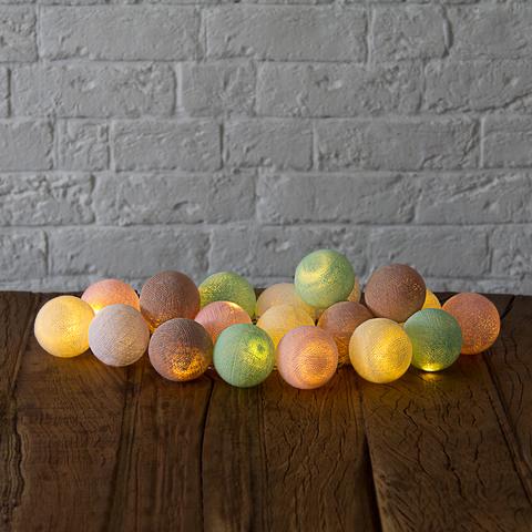 Гирлянда из хлопковых шариков Нежность