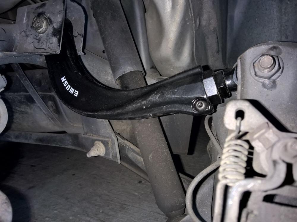 Развальные рычаги Volvo S40 V50 С70 С30 2004+ года