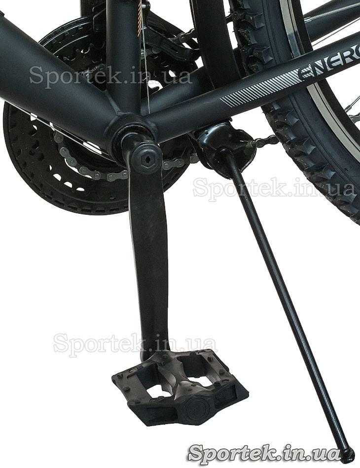 Подножка и педаль городского мужского велосипеда Formula Magnum 2016 (Формула Магнум)