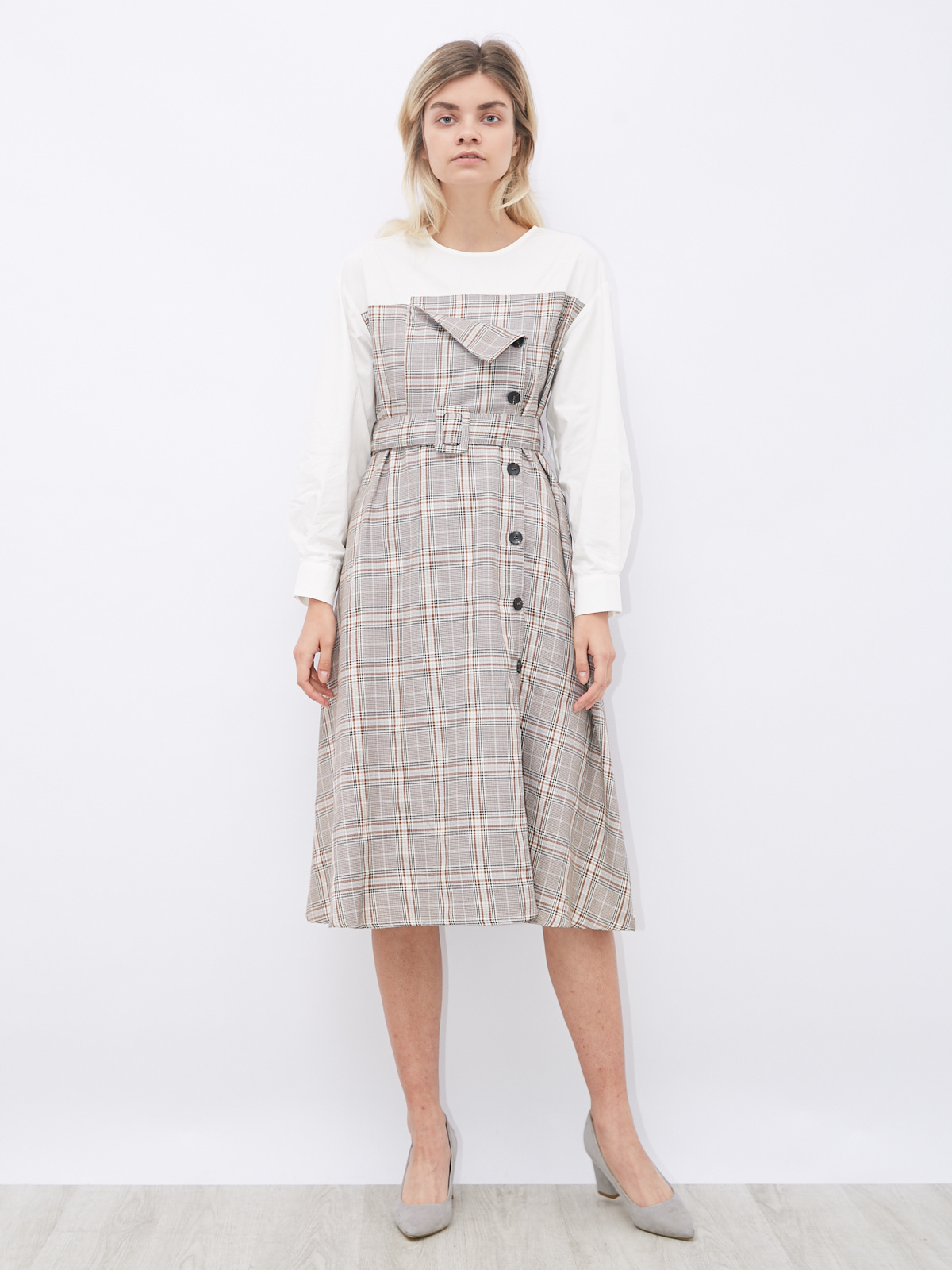 Платье комбинированное в клетку и поясом