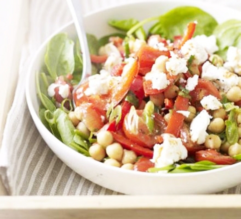 https://static-eu.insales.ru/images/products/1/6418/9689362/0890962001339251236_feta_chili_salad.jpg