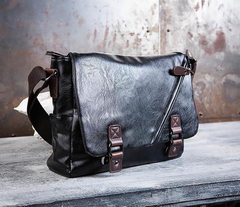 Мужской портфель из черной кожи с ремнем