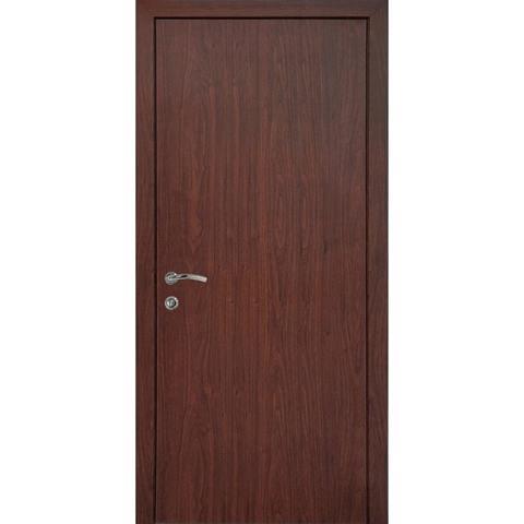 Дверь гладкая влагостойкая орех классический