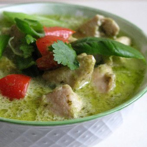 https://static-eu.insales.ru/images/products/1/6431/68860191/pork_kiwi_green_curry.jpg
