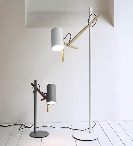 replica Scantling floor lamp