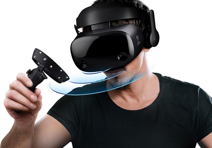 Шлем виртуальной реальности Samsung HMD Odyssey+