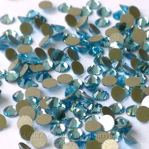 2058 Стразы Сваровски холодной фиксации Aquamarine ss 5 (1,8-1,9 мм), 20 штук (WP_20140815_13_39_29_Pro)
