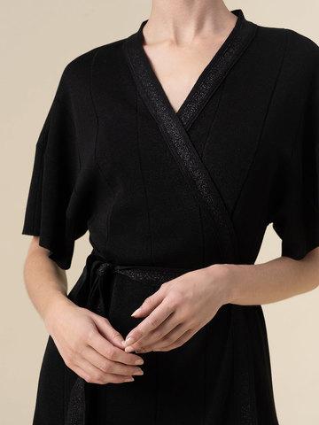 Женское платье-кимоно с поясом черного цвета из вискозы - фото 4
