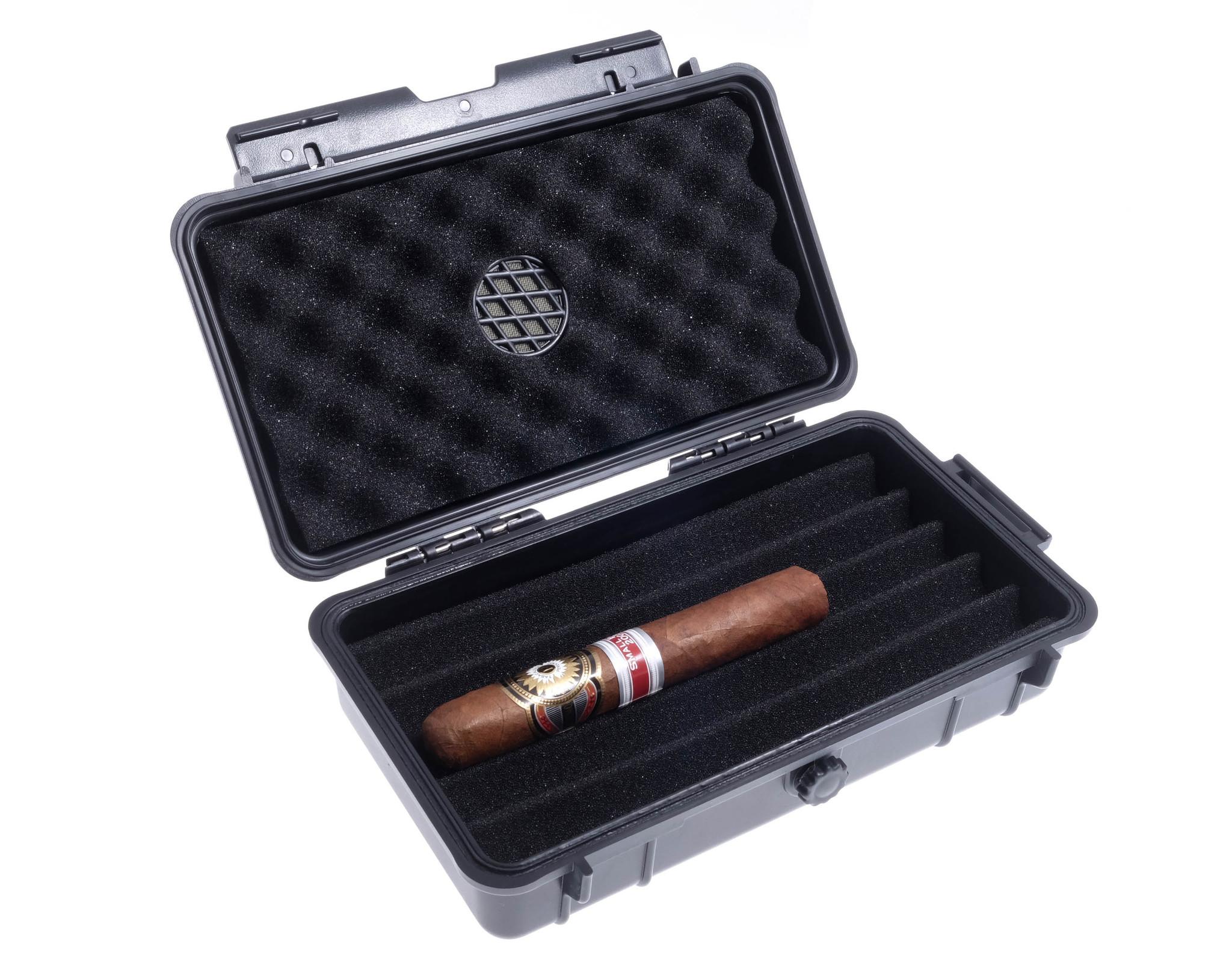 Хьюмидор Lubinski дорожный на 5 сигар QA010