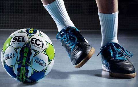 Детский мини футбольный мяч