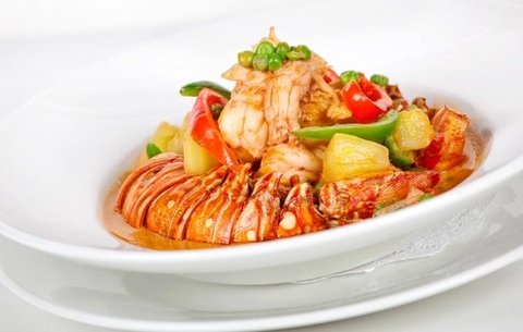 https://static-eu.insales.ru/images/products/1/6468/9689412/0207626001346829189_Lobster_curry_with_pad_Thai.jpg