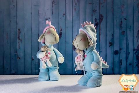 """Пижамная овечка """"дракончик"""" зефирная. Овечка в стиле тильда. Пижамная серия."""