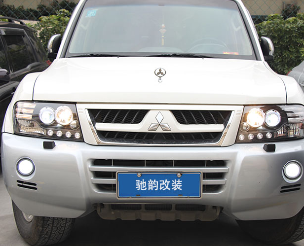 Альтернативная оптика, ксеноновые фары Guangzhou Chi Yun car lights для Pajero car stlying led car drl daytime running lights with fog lamp hole for compass 2013 2014 2015 2016 2pcs