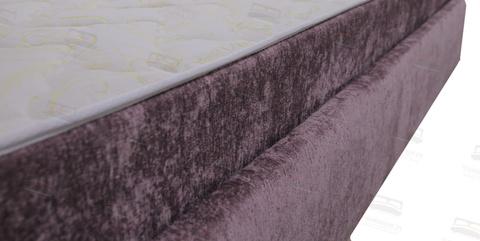 Борт матраса в цвет обивки кровати( бесплатная опция)