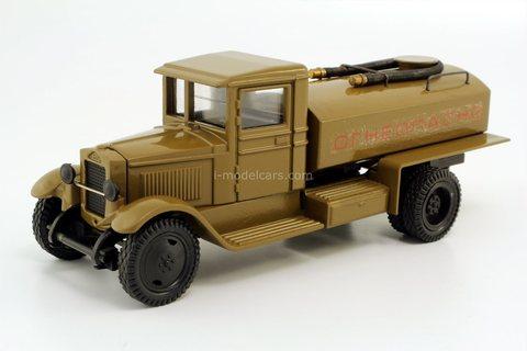 ZIS-5 tank fuel truck (Flammable) brown LOMO-AVM 1:43