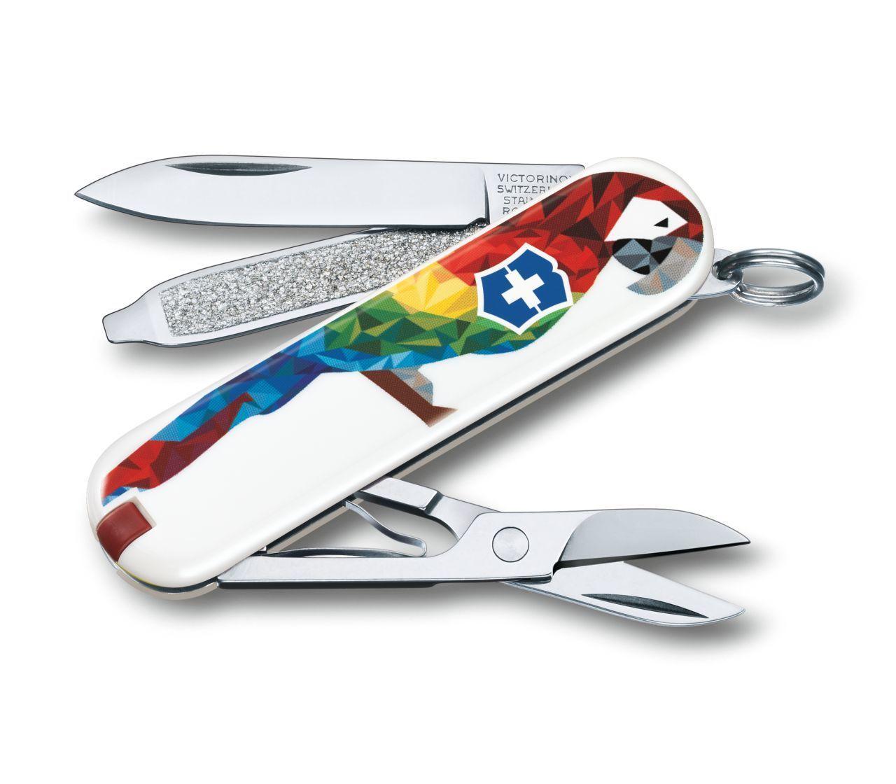 "Нож-брелок Victorinox Classic, 58 мм, 7 функ, ""Guacamaya""  (0.6223.L1709)"