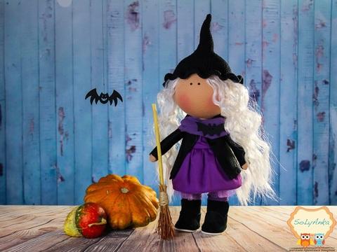 Кукла ведьма Мора из коллекции - Honey Doll