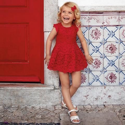 Платье Mayoral красное кружевное