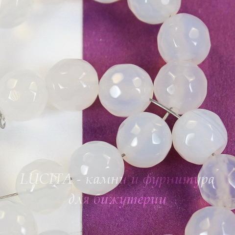Бусина Агат (тониров), шарик с огранкой, цвет - бледно-серый, 8 мм, нить