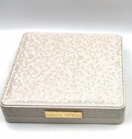 Большая, подарочная коробка для  упаковки украшений ( бежевый перламутр -lux)