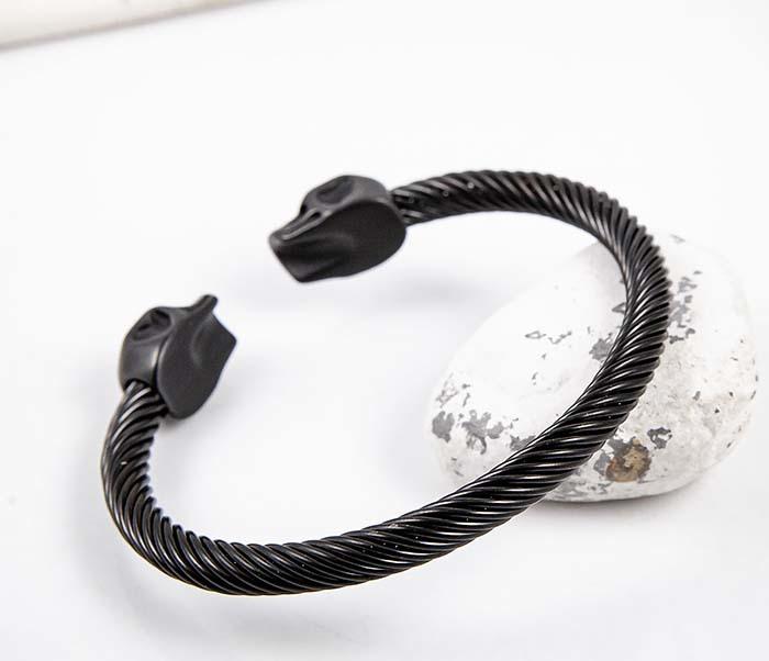 BM592-2 Черный стальной браслет с черепами фото 07
