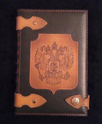 Ежедневник А5 с кнопкой недатированный ручной работы из толстой натуральной кожи