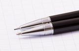 Набор Cross Helios Black Lacquer шариковая ручка и механический карандаш 0.9 ((AT0221G-9)