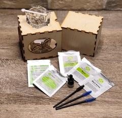 Набор для окрашивания бровей в деревянной коробке