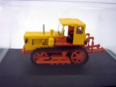 Tractor T-50V 1:43 Hachette #70