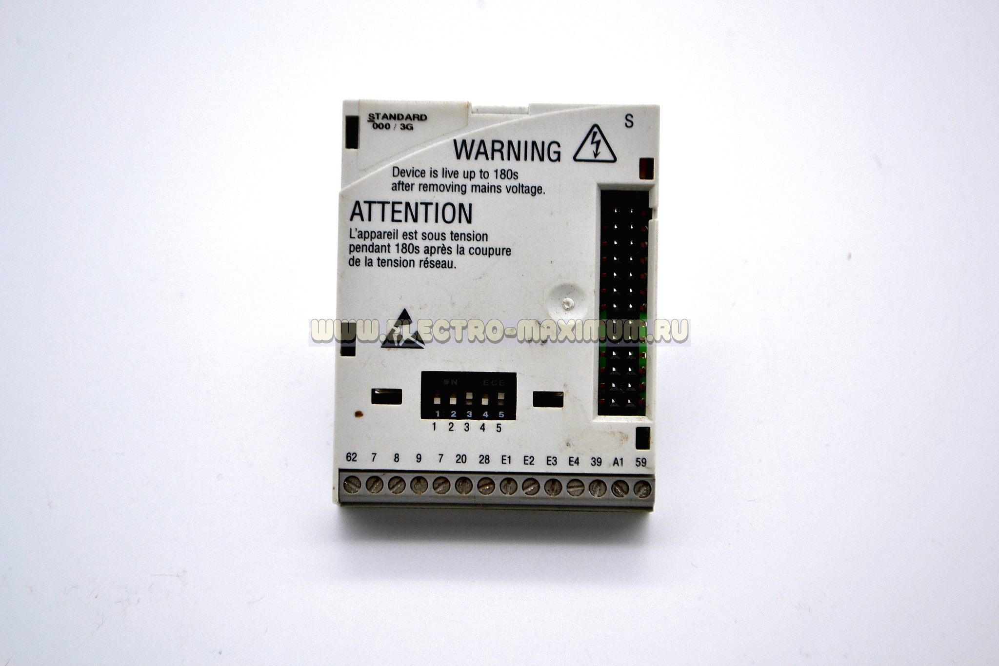 Модуль ввода/вывода для инвертора Lenze серии 8200. Lenze E82ZAFSC