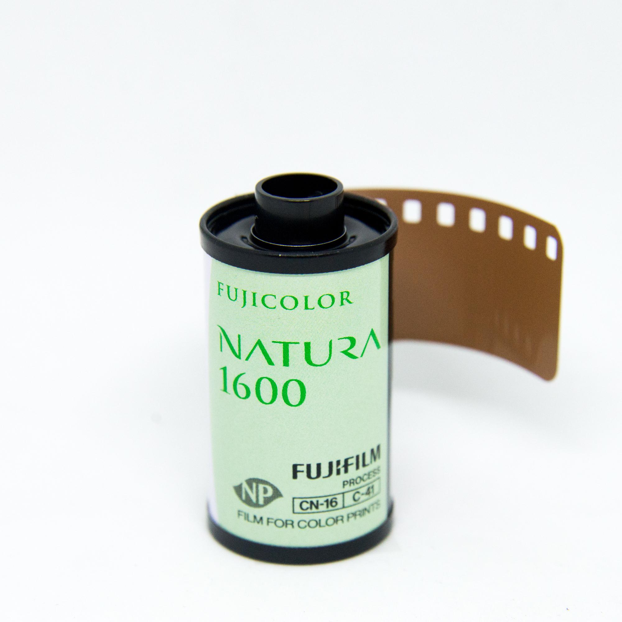 Фотопленка Fuji Natura 1600 135/36