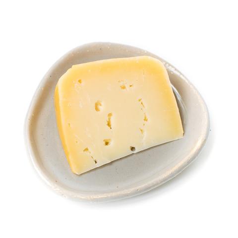Сыр п/т Вележе из коровьего молока, гр