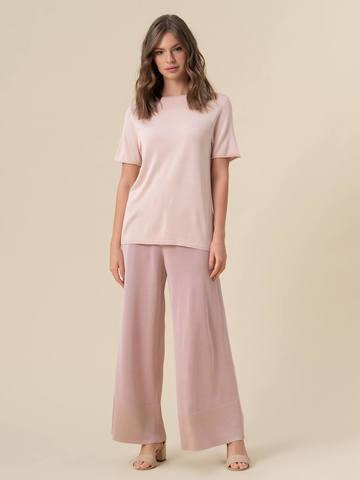 Женский шелковый джемпер светло-розового цвета с укороченным рукавом - фото 3