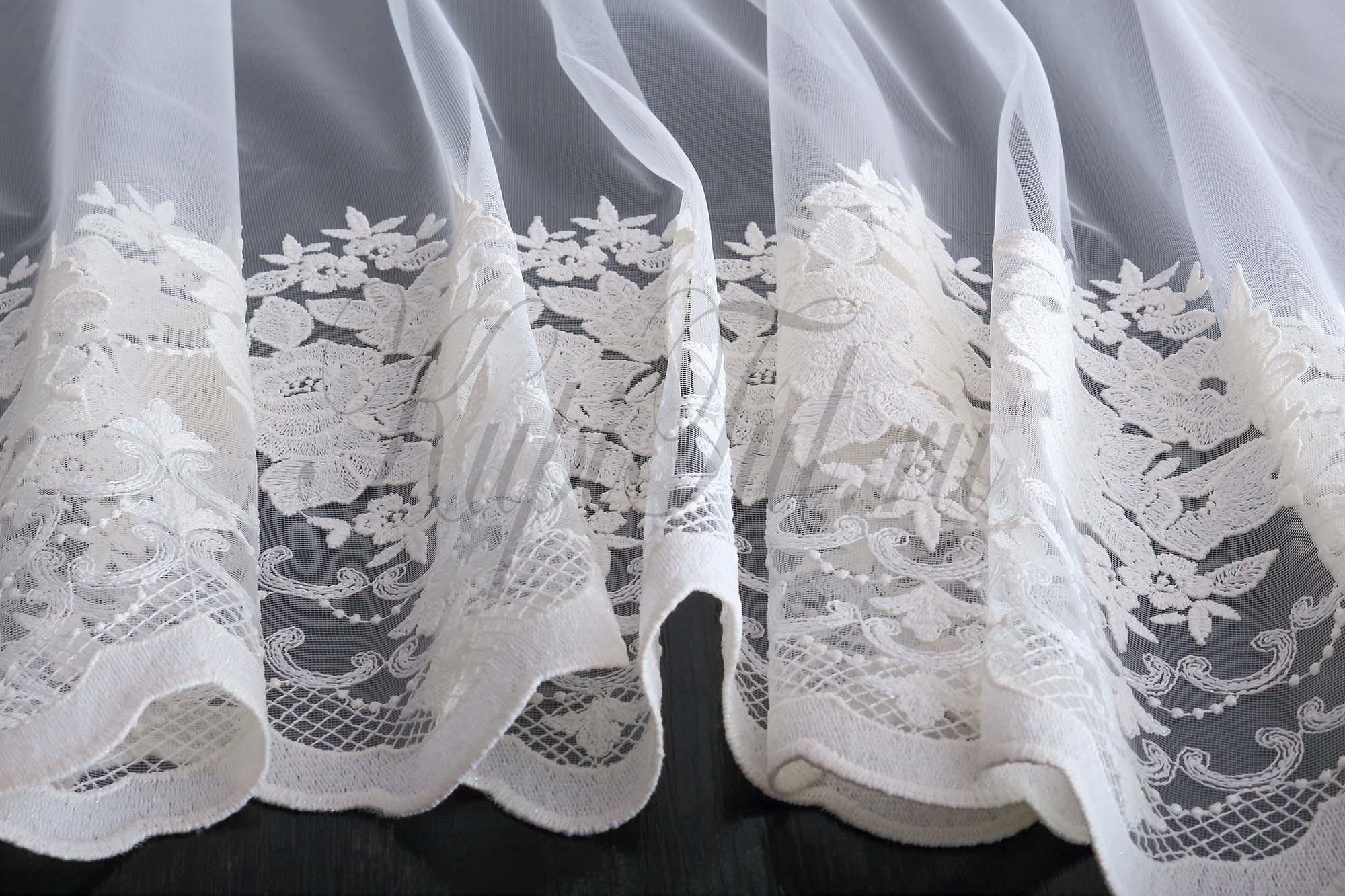 Штора-арка Розы (молочный)