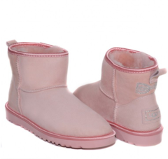 /collection/classic-mini/product/ugg-classic-mini-crystal-bow-pink